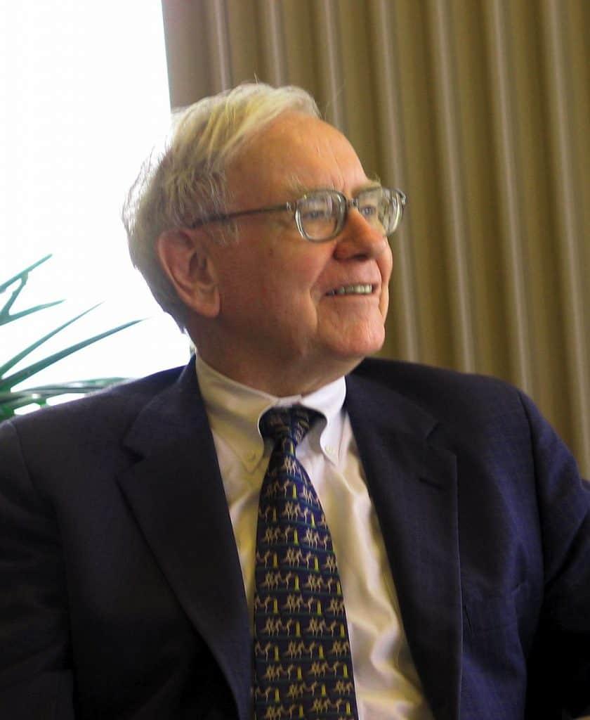 Warren Buffett richest ceos hostingradar.co